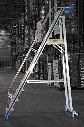 Escaleras de almacén: la opción más segura para tu comercio